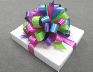 An example of complimentary gift-wrapping.